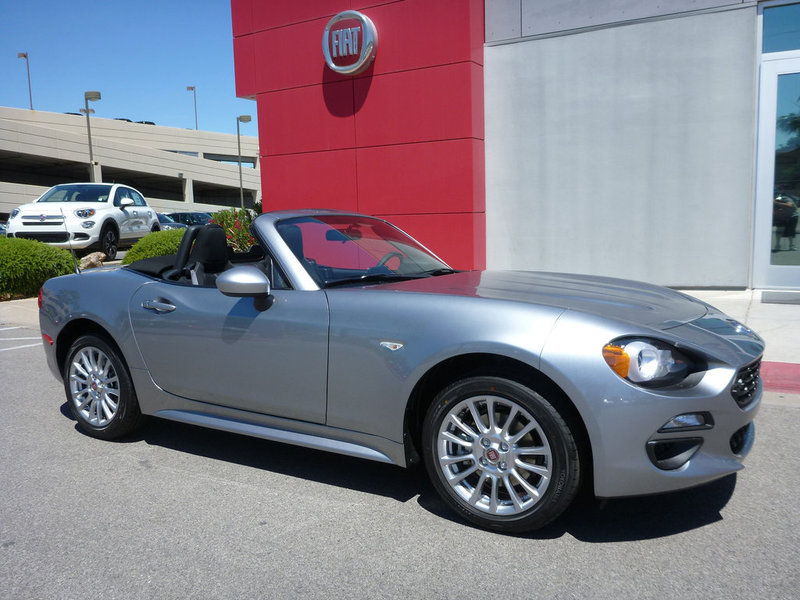 new 2017 fiat 124 spider classica convertible in henderson f1004 findlay auto group. Black Bedroom Furniture Sets. Home Design Ideas