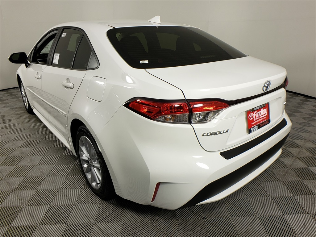 new 2021 toyota corolla le 4d sedan in henderson 210077
